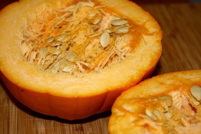 pie-pumpkin-cut-in-half